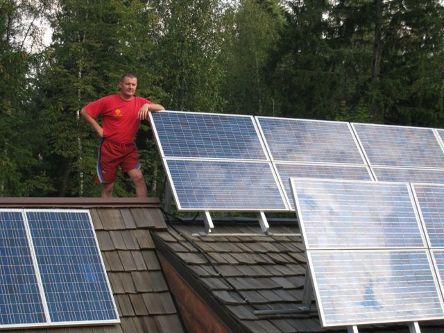 солнечные батареи на даче.