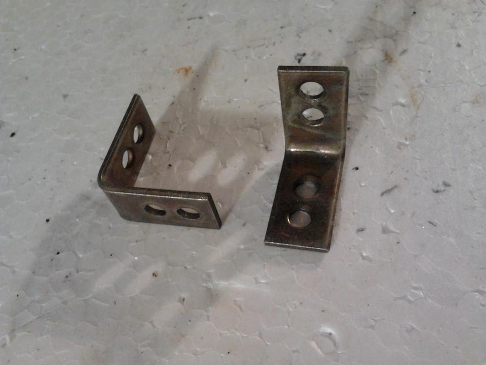 Уголки, при помощи которых вы можете соединить части фанеры