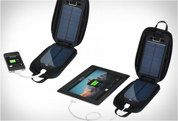 солнечные панели для iPhone и iPad solarmonkey adventurer portable charger