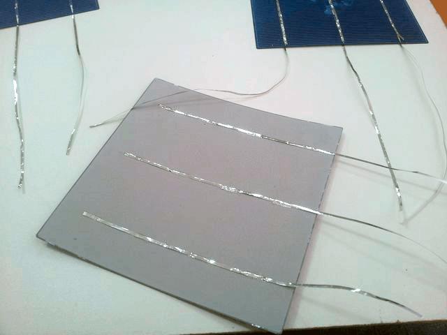 сборка солнечных панелей пайка