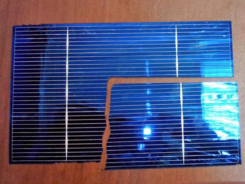 Солнечная батарея разбитая