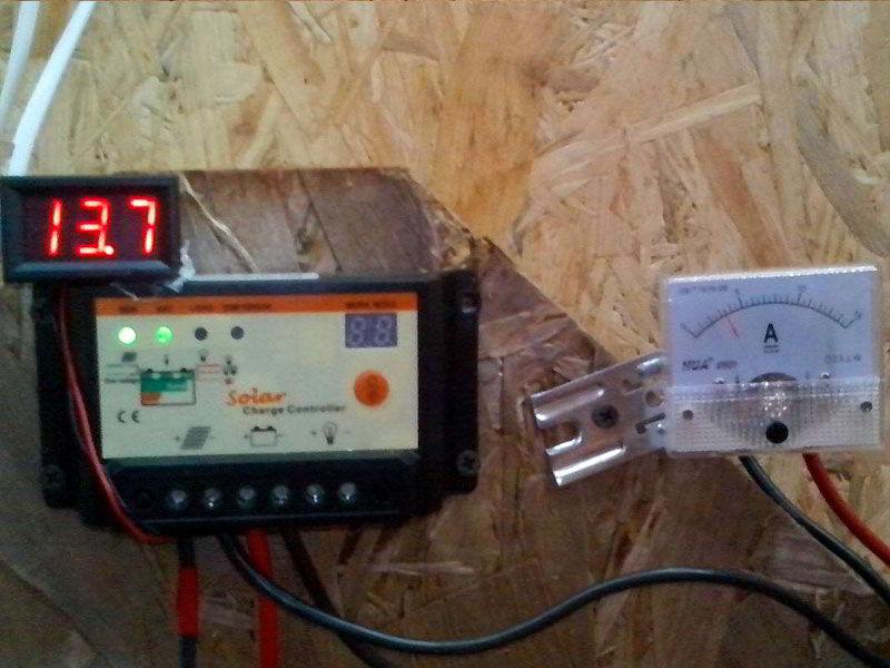 китайский контроллер заряда PWM для солнечных батарей